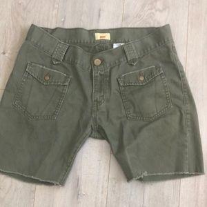 Levi's tab twill cut off shorts 13 army green